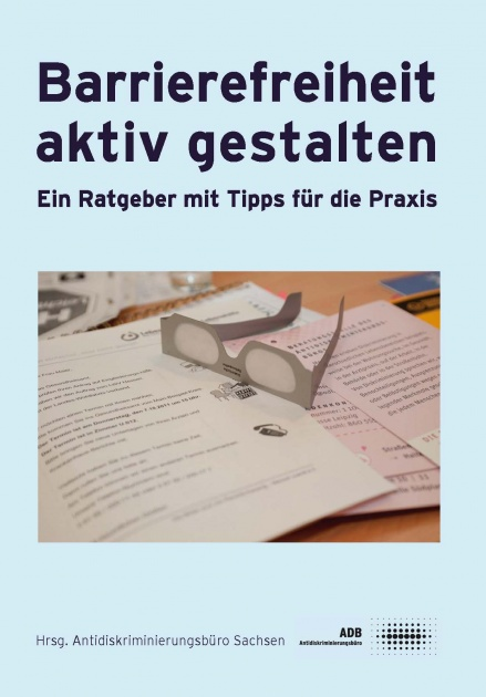 """Cover der Broschüre """"Barrierefreiheit aktiv gestalten"""""""